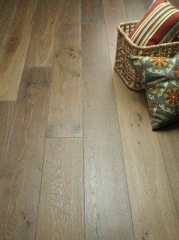 Hallmark Hardwoods Ventura Sandal Vignette