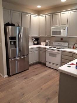 Alta Vista, Del Mar Collection installed in kitchen.