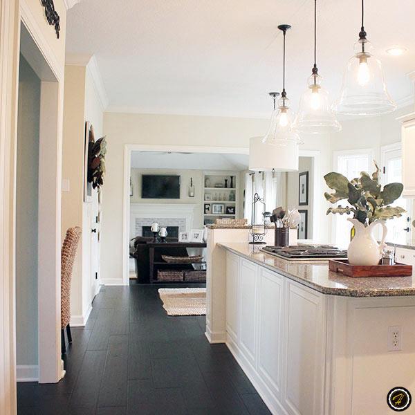 dark hardwood floors light walls home design dark hardwood floors june 19 2018. Black Bedroom Furniture Sets. Home Design Ideas