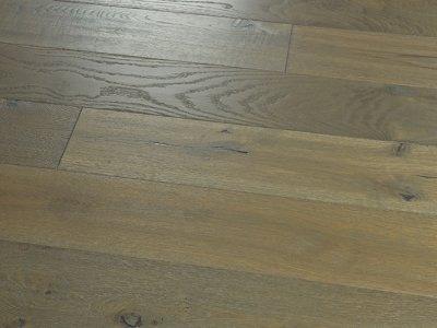 Novella: Steinbeck - Oak By Hallmark Floors