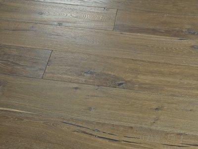 Novella: Twain - Oak by Hallmark Floors