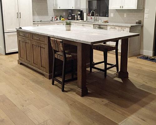 Ventura-Sandal-Kitchen