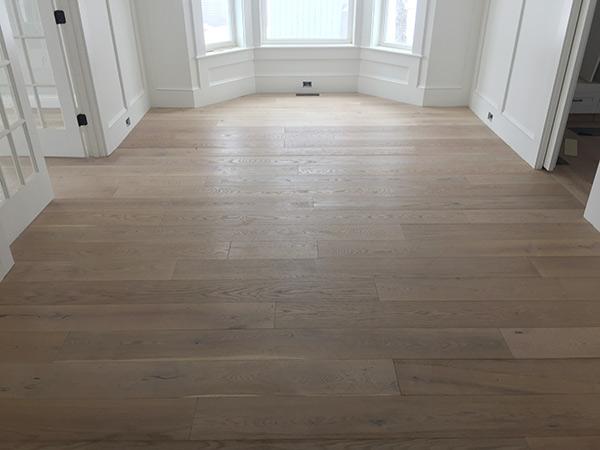 alta Vista laguna floor install by B & D House of Carpet