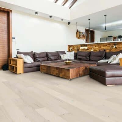 Ventura Pearl Oak Residential Roomscene