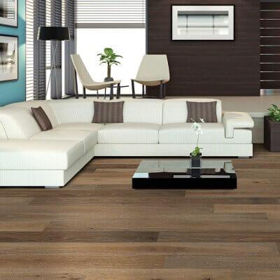 Ventura Sandal Oak roomscene