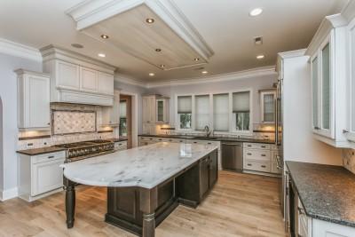 The hardwood flooring is Alta Vista Balboa and it was manufactured by Hallmark Floors Inc.