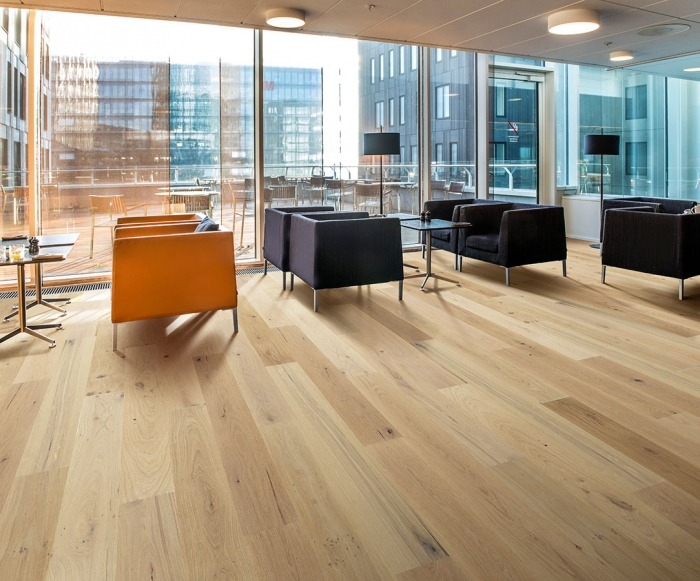 Laguna, Oak, Hardwood from the Alta Vista commercial hardwood flooring collection by Hallmark Floors.