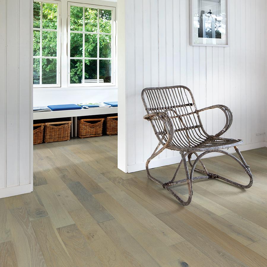 Hawthorne Oak from the Novella hardwood flooring collection by Hallmark Floors