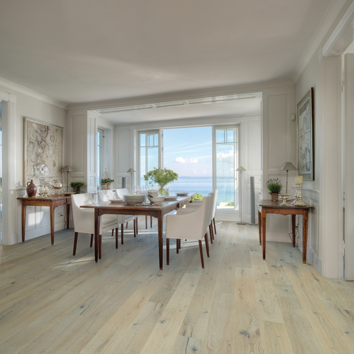 alta vista engineered hardwood Balboa Oak room