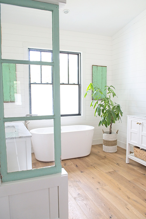 Farmhouse Design Inspiration – bathroom design and decor. Designed by Michelle Wood from My Sanctuary Style. Flooring is Alta Vista hardwood.