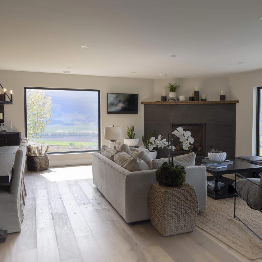 Modern Farmhouse Interior Design: Modern Farmhouse Renovation